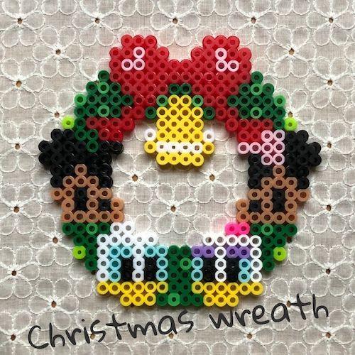 クリスマスリース【アイロンビーズ図案】ミッキー、ミニー、ドナルド、デイジーも一緒!